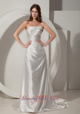 Strapless Taffeta Court Train Bridal Gown With Ruching