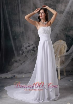 Appliques Strapless Ruch Chiffon Bridal Dress With Watteau Train