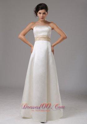 Modest Strapless Floor-length Bridal Wedding Dress With Sash