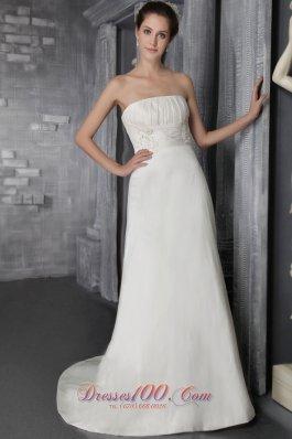 Appliques Brush Train Bridal Wedding Gown Strapless Taffeta