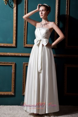 Elastic Wove Satin Beading and Bows Wedding Bridal Gown Strapless