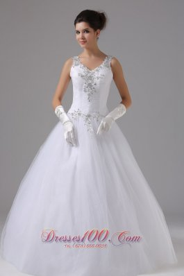 Appliques Decorated Straps Ball Gown Tulle Wedding Dress
