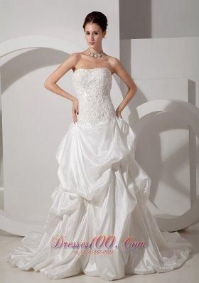 Strapless Court Train A-line Wedding Dress Taffeta Appliques