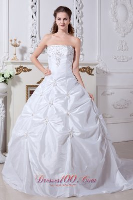 Taffeta Court Train Wedding Gown Strapless Embroidery