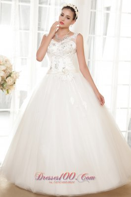 Straps V-neck Tulle and Taffeta Appliques Wedding Dress