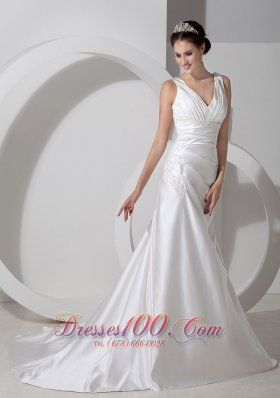 Column Wedding Dress V-neck Court Train Ruch and Appliques