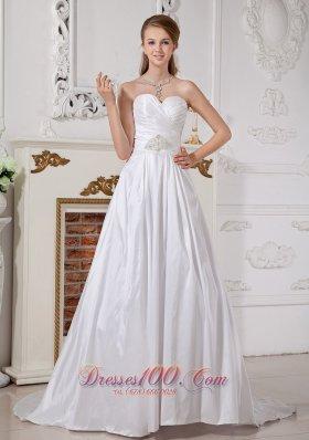 Sweetheart Wedding Dress Empire A-line Appliques Brooch