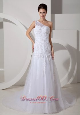 Lovely One Shoulder Lace Tulle Outdoor Wedding Dress