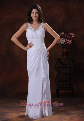 White Chiffon Beach Wedding Dress V Neck Appliques Ruffles