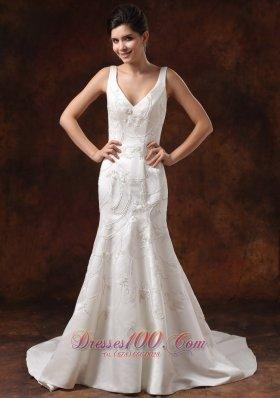 V-neck Embroidery Mermaid Garden Wedding Dress Court Train