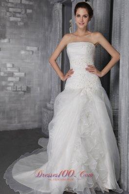 Strapless Hall Wedding Gowns Chapel Train Ruffles Organza