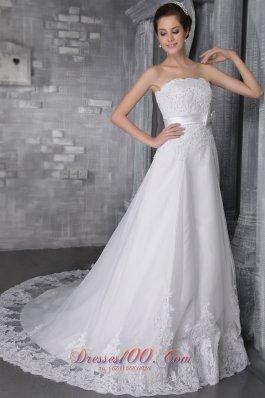 White Princess Bridal Gowns Chapel Train Lace Gingle Border