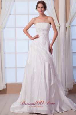 Appliques Bridal Dress A-line Strapless Princess Anne Style