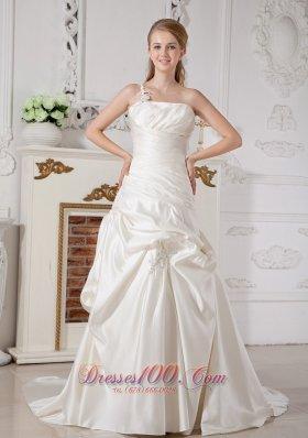Chic Church Wedding Dress Appliques Court Train Taffeta