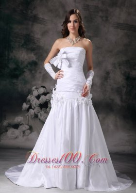 Bowknot Strapless Wedding Gowns Taffeta Handle Flowers