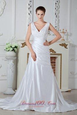Mermaid V-neck Bridal Dress Ruch Court Satin Appliques