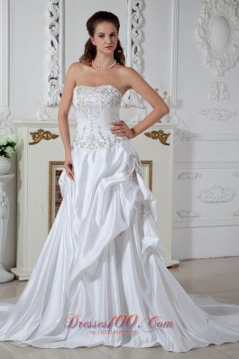 Pretty Pick-ups Clasp Wedding Dress Embroidery Winter