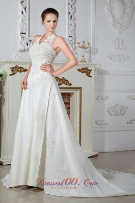 Sweet Column Halter V-Neck Satin Appliques Wedding Gowns