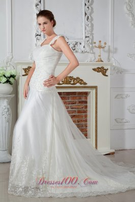 Empire Straps Appliques Lace Wedding Gowns Tulle Winter