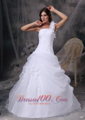 White Floral One Shoulder Wedding Gowns Organza Ruch