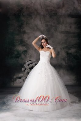 Sweetheart Ball Gown Wedding Dress Dreamy Appliques Court