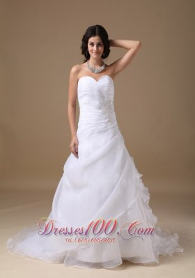 Sweetheart Ruched Court Train Bridal Wedding Gowns