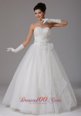 Beaded Sweetheart Ruch Wedding Dress With Bows