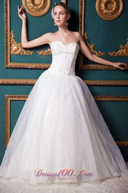 Organza Brush Train Sweetheart Bridal Gown Wedding Dress