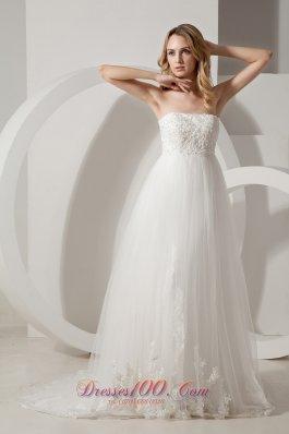 Appliques Brush Train Strapless Wedding Dress