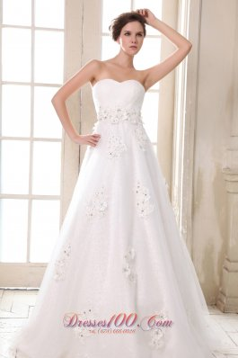 Sweetheart Beaded Appliques Brush Wedding Dress