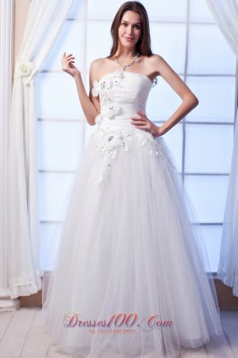 Beaded Hand Made Flowers Tulle Bridal Wedding Gown