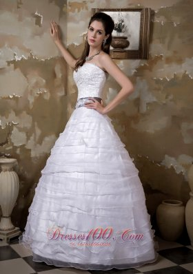 Appliques Layers Wedding Dress With Colored Belt