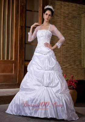 Taffeta Appliques Court Wedding Gowns With Sleeves
