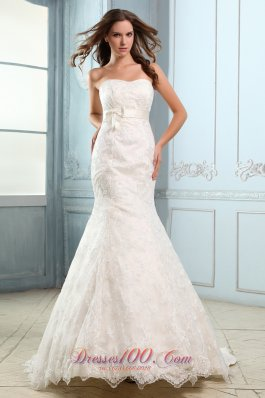 Sweetheart Mermaid Lace Belt Court Wedding Dress