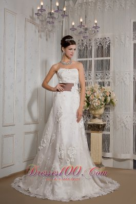 Appliques Lace Court Train Wedding Dress Colored