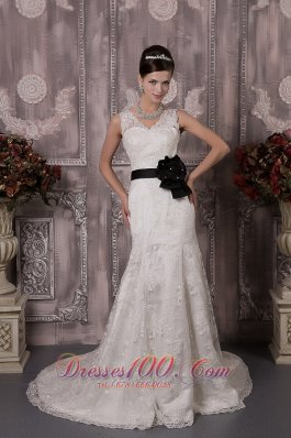 V Neck Court Train Wedding Bridal Gown Colored Sash