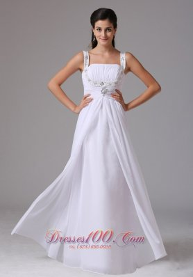 Ruched Straps Chiffon Wedding Dress Appliques