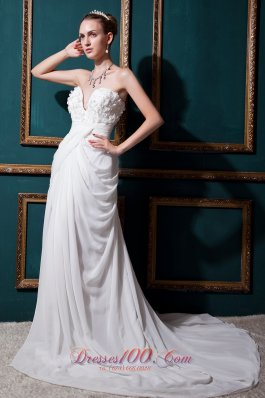 Column High-class Sweetheart Chiffon Wedding Dress