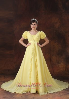 Yellow Neck Short Sleeves Flowers Wedding Dress