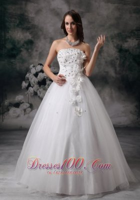 Dressy A-line Strapless Wedding Dress Tulle Beading