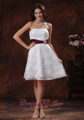 Gorgeous Sassy Smart Trendy Lace Short Wedding Gowns