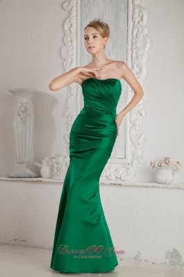 Mermaid Bridesmaid Dress with Satin Green Design