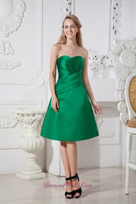 Bright Green Sweetheart Bridesmaid Dress Knee-length Satin