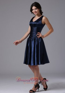 Empire V-neck Ruching Navy Blue Bridesmaid Dress