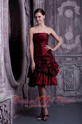 Pick-ups Burgundy A-line Strapless Dress for Bridesmaid