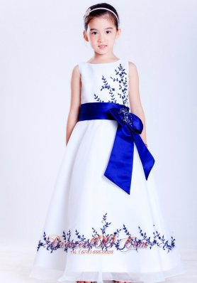 White Blue A-line Scoop Embroidery Flower Girl Dress