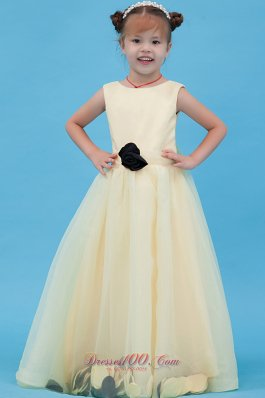 Organza Scoop Flower Girl Dress Hand Made Flower