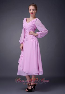 Baby Pink Empire V-neck Mother Of The Bride Dress Tea-length