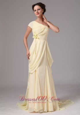 Ligh Yellow Handmade Flowers Sweep Train Mothers Dress