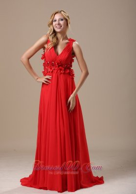Petals Besiged Deep Neck Straps Prom / Evening Dress
